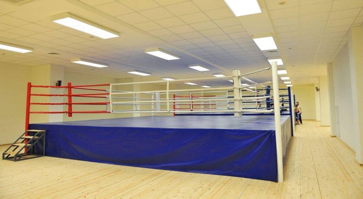 Боксерский ринг на помосте 1 м «TOTALBOX» размер по канатам 6×6 м
