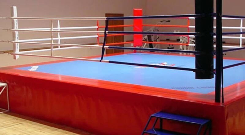 Боксерский ринг на помосте 1 м «TOTALBOX» размер по канатам 4×4 м