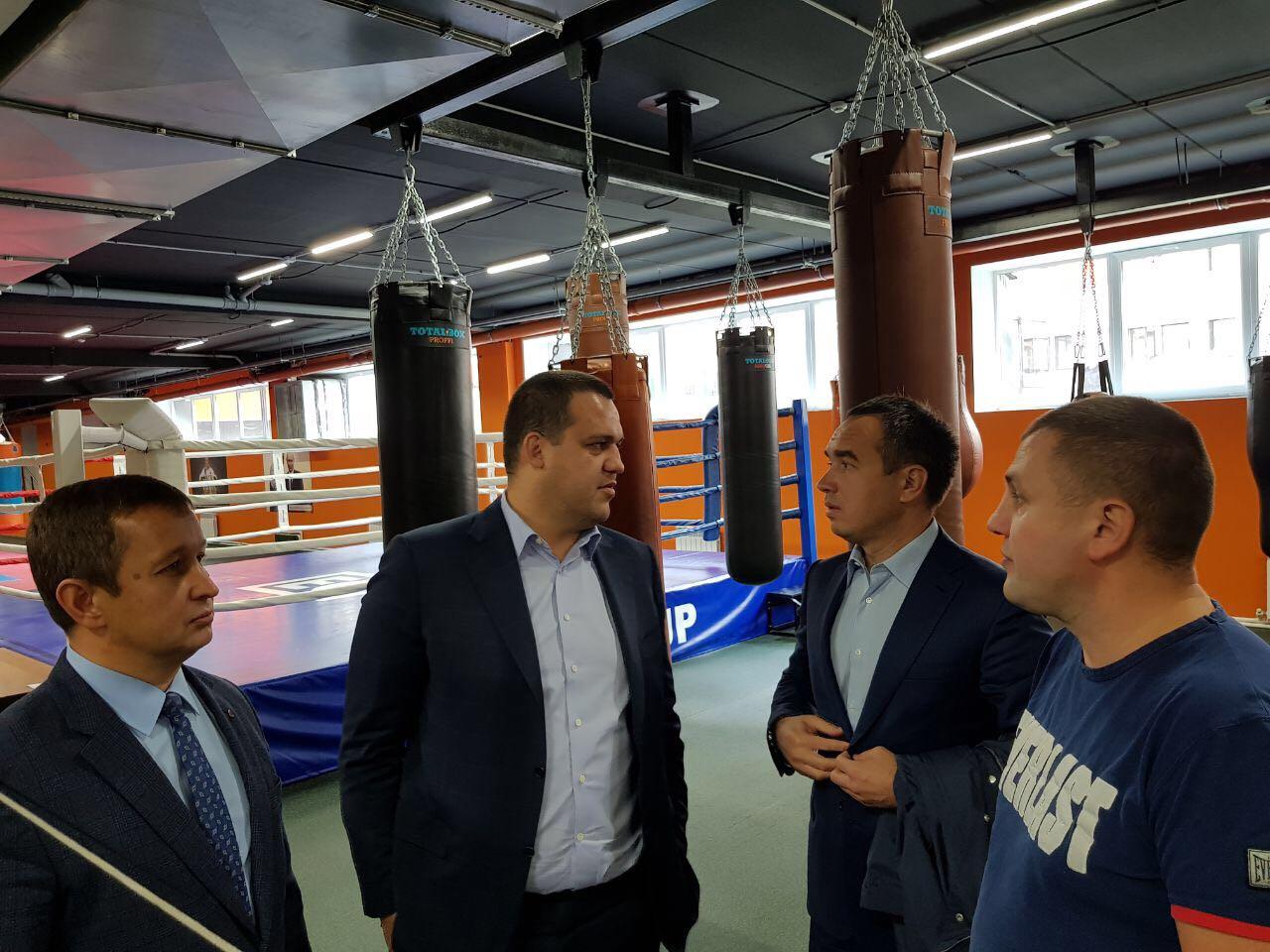 Кремлев с тренерами в Набережных Челнах